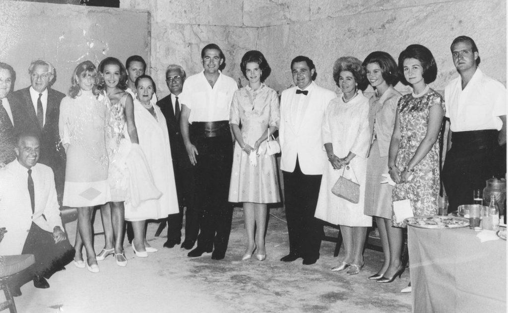 Istomin et la famille royale de Grèce - la Princesse Irene est la troisième en partant de la droite, après Juan Carlos d'Espagne et Sofia