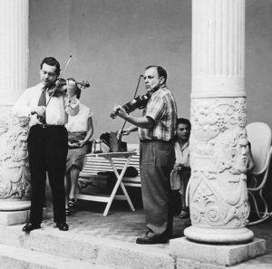 Fuchs-et-Grumiaux-a-Prades-1953-001