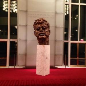 La statue de Kennedy au Kennedy Center