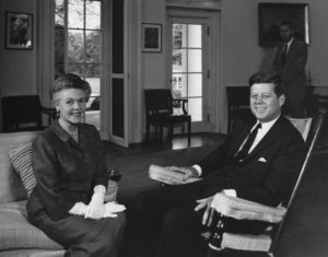 Eugenie Anderson et John Kennedy