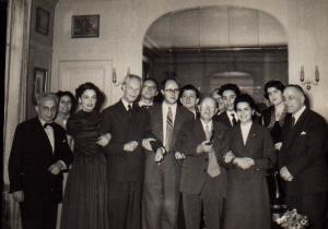 Concours Casals à Paris en 1957, Casals entre Rostropovitch et Marta