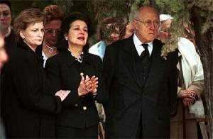 Marta et Slava à l'enterrement d'Istomin à El Vendrell