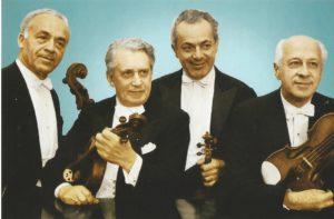 Le Quatuor de Budapest vers 1960 : Mischa Schneider, Boris Kroyt, Alexander Schneider et Joseph Roisman