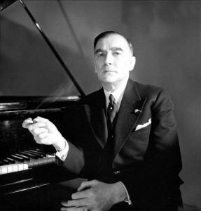 Karol Szymanowski ( 1882-1937 ), Polish composer. Paris, May, 1936. 05.1936 PARYZ KAROL SZYMANOWSKI - KOMPOZYTOR